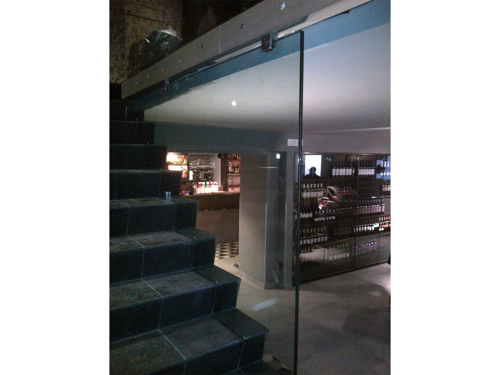 sostituzione vetri per l'edilizia Marino